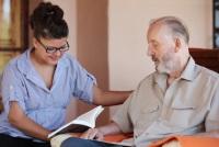 Weiterbildung in der ALtenpflege erhöht Jobchancen